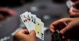 Facebook(脸谱网)开发玩德州扑克的AI 每小时能赢1000美元
