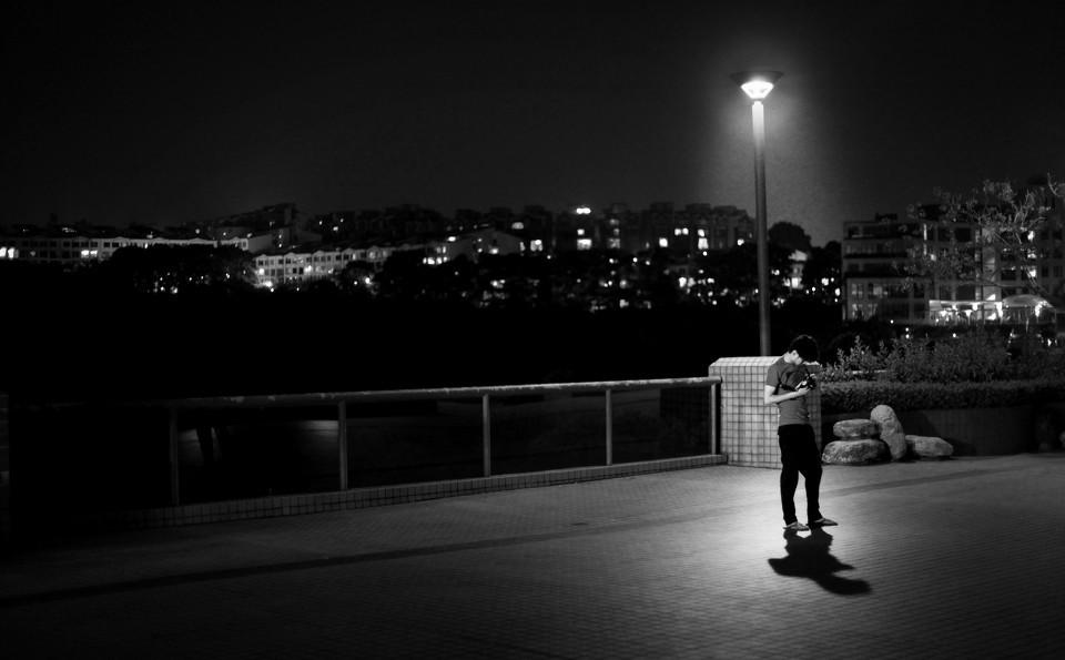 逸影网-夜晚