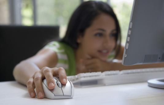 网上兼职赚钱日结的工作有没有?真正免费兼职赚钱的方法推荐!