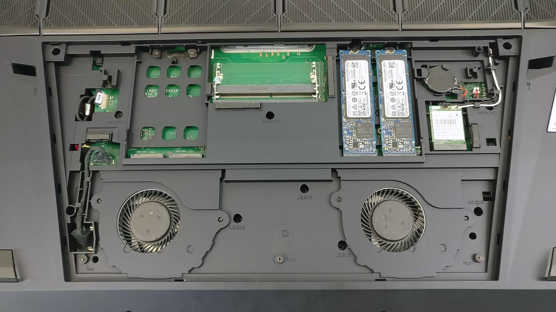 宏碁(宏基)Predator 21 X双GTX 1080显卡笔记本电脑