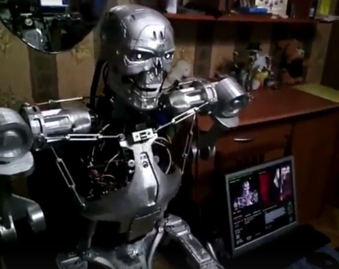 战斗民族程序员造出终结者机器人啦!整整耗时三年