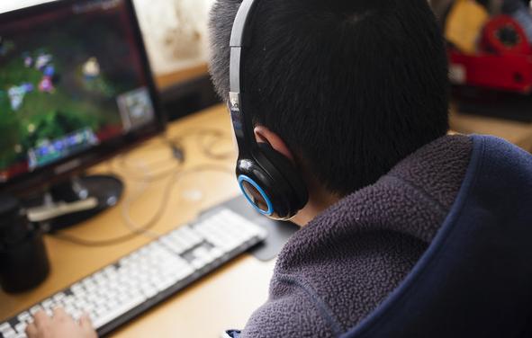 零投资,又是免费靠谱的在家里玩游戏就能赚钱的平台