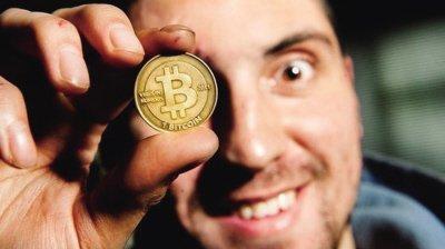币池有风险了?虚拟货币价格全线暴跌:比特币跌破2000美元大关