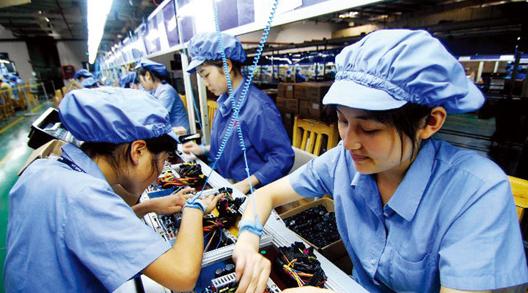 工厂打工的女孩子