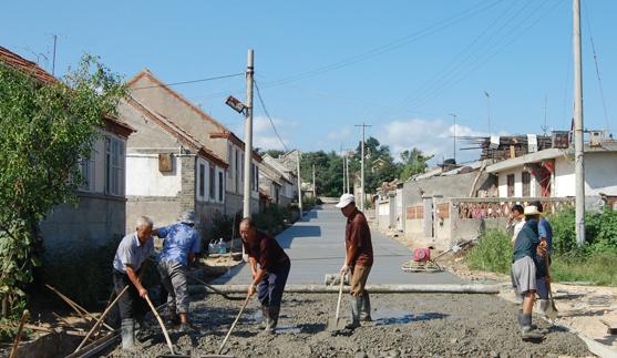 农村在修水泥路