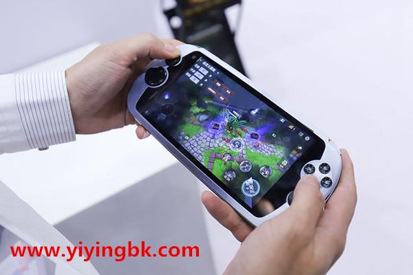 我喜欢玩手机游戏,想通过游戏挣钱,在哪里找这些能挣钱的游戏?